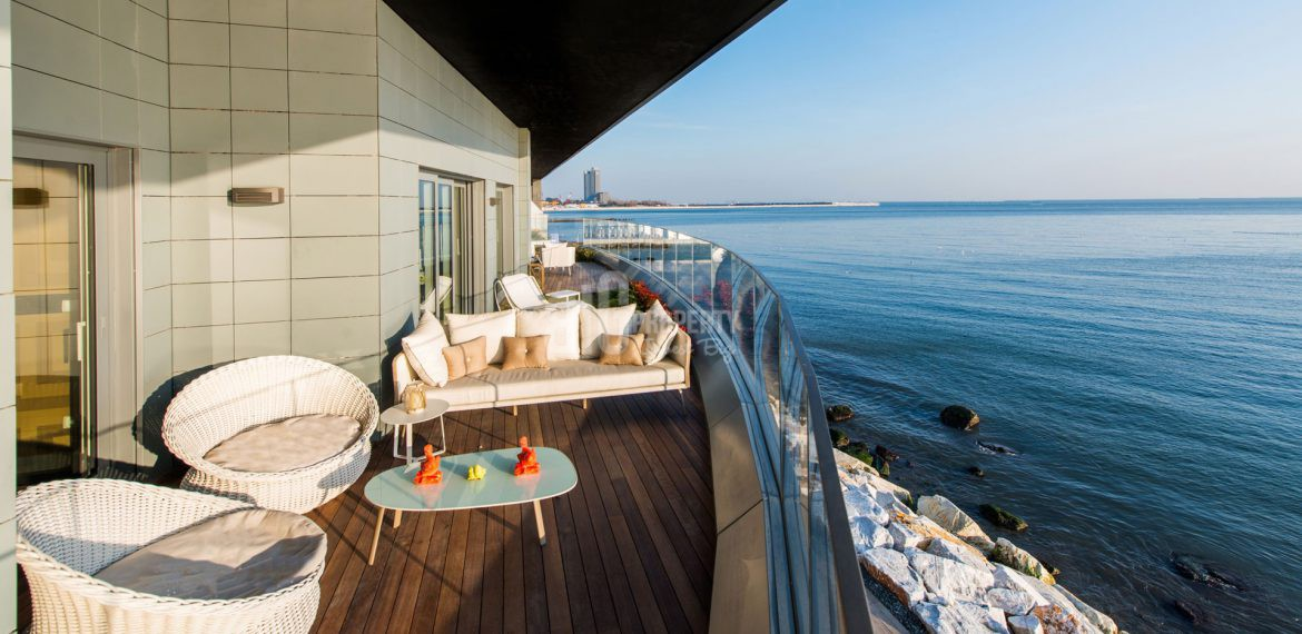 Luxury apartments for sale with amazing sea view in Istanbul Atakoy