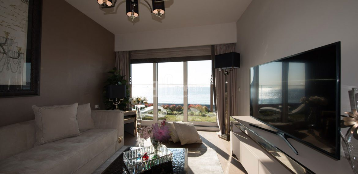 Luxury residence for sale with wonderful sea view in Istanbul Bakirkoy
